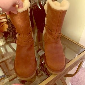 Ugg Becket Chestnut boots size 10 women